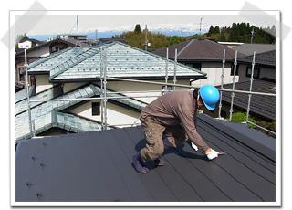 コロニアル屋根 塗り替え後の縁切り
