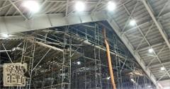 新しく建設中の体育館で現場塗装