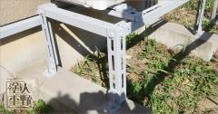 富山県砺波市 住宅塗り替え エアコン架台・灯油タンクの下塗り(下地塗装)